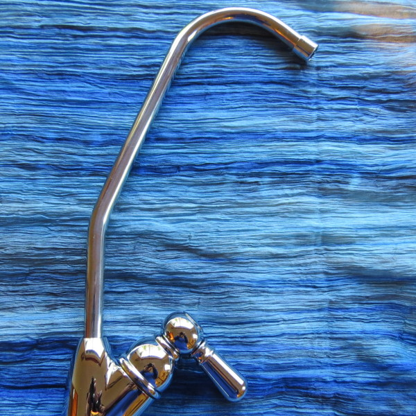 Undercounter  Pharmaceuticals, FLUORIDE Chlorine PLUS Water Filter